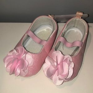 Other - 9-12 month pink shoes with flower